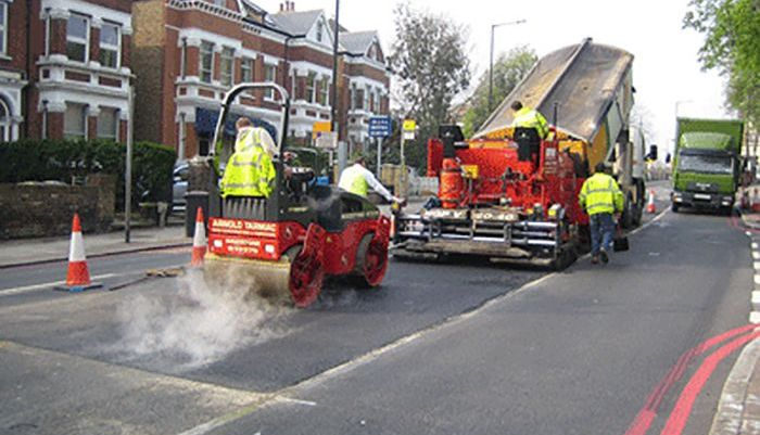 Re-surfacing Thurlow Park Road